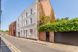 A Georgian townhouse for sale in Chester with Rickitt Partnership estate agents