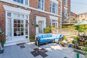 A Georgian townhouse for sale in Chester with Rickitt Partnership estate agency in Chester