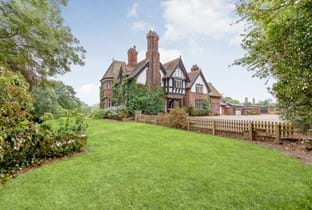 a period house for sale in Stanthorne
