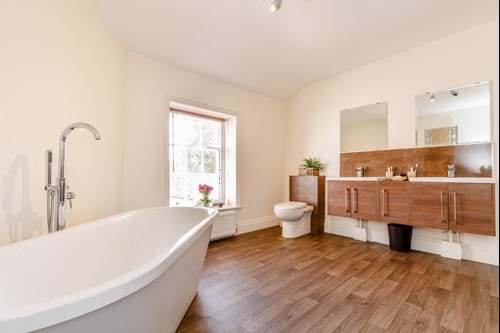 an en suite bathroom in a townhouse for sale with Chester estate agent Rickitt Partnership